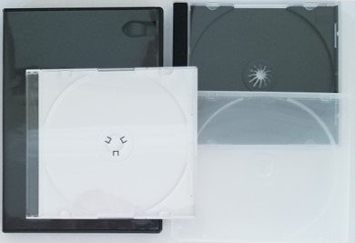 To preserve CDs, DVDs, and Blu-rays properly, storage in a suitable case is requried to prevent damage and contamination. Shown are various types of jewel cases and an Amaray case.